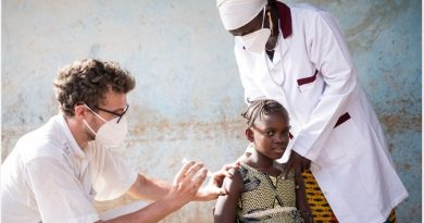 Vaccination in Humanitarian Settings